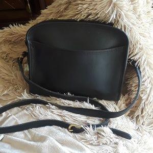 FINAL PRICE COACH Black crossbody.bag